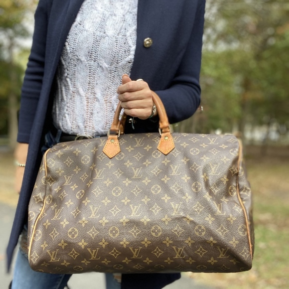 Louis Vuitton Handbags - Louis Vuitton Monogram Speedy 40